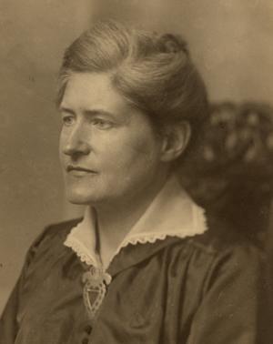 LydiaWahlstrom_300